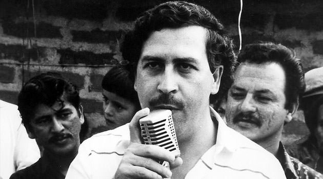 pablo escobar ends of his political carreer